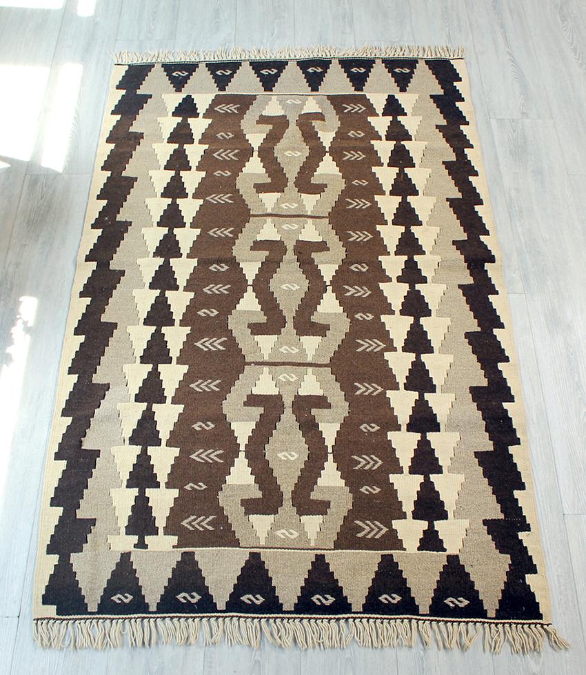 素晴らしい やわらかな織りのトルコのカイセリキリム・スタンダード・セッジャーデ・ナチュラルモノトーン/雄羊の角コチボユヌズ, オートプロズ:ee37364f --- clftranspo.dominiotemporario.com