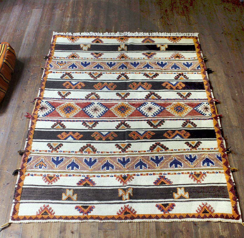モロッコキリム・タピグラウイ凹凸のあるパイル織り193×141cm大型ルームサイズジグザグのボーダー
