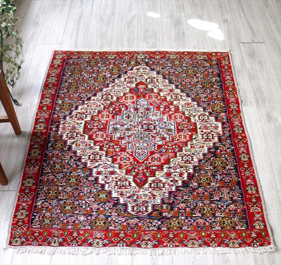 オールドキリム・セネ/チェイレキ142×126cm六角メダリオン・細かな花のモチーフ