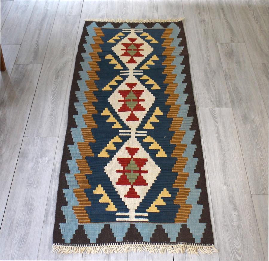 カイセリキリム・やわらかな織りのスタンダードキリム/ランナーサイズ175×69cm3つのベレケット