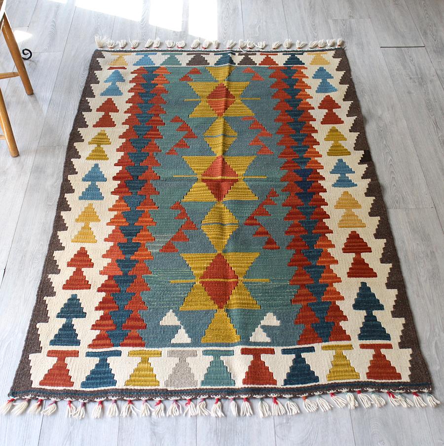 手織りのスタンダードカイセリキリム・セッヂャーデ163×101cmマスタード&グリーン