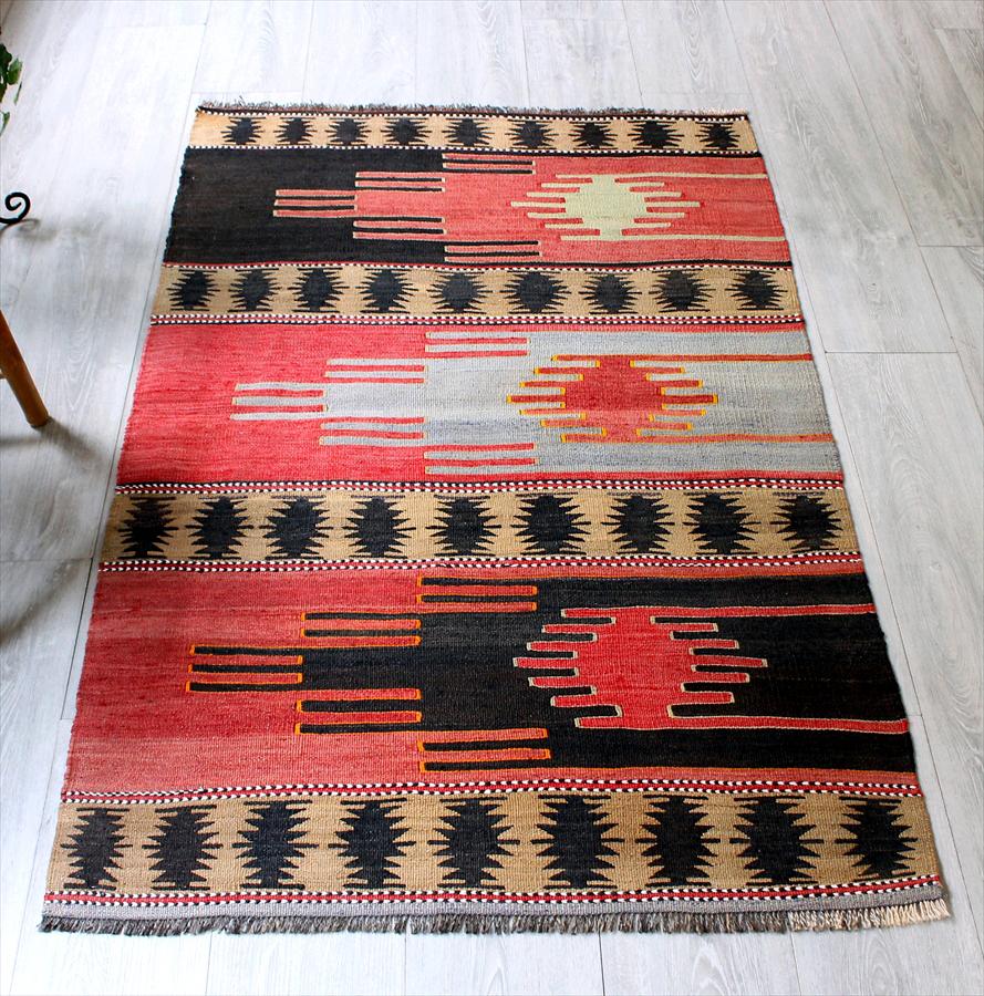 オールドキリム・シワス/チェイレキサイズ144×90cmチフカナットキリム・3つのサンドゥク Turkish Kilim Vintage