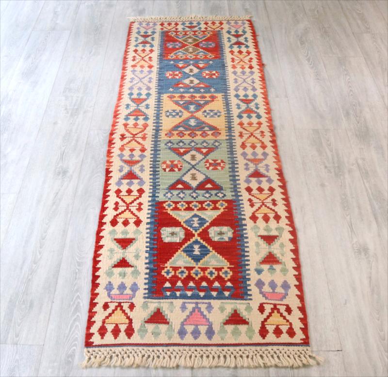 色にこだわるワンランク上のカイセリ産キリム・トルコ手織りキリム192×58cmランナーサイズ 花嫁の髪飾り