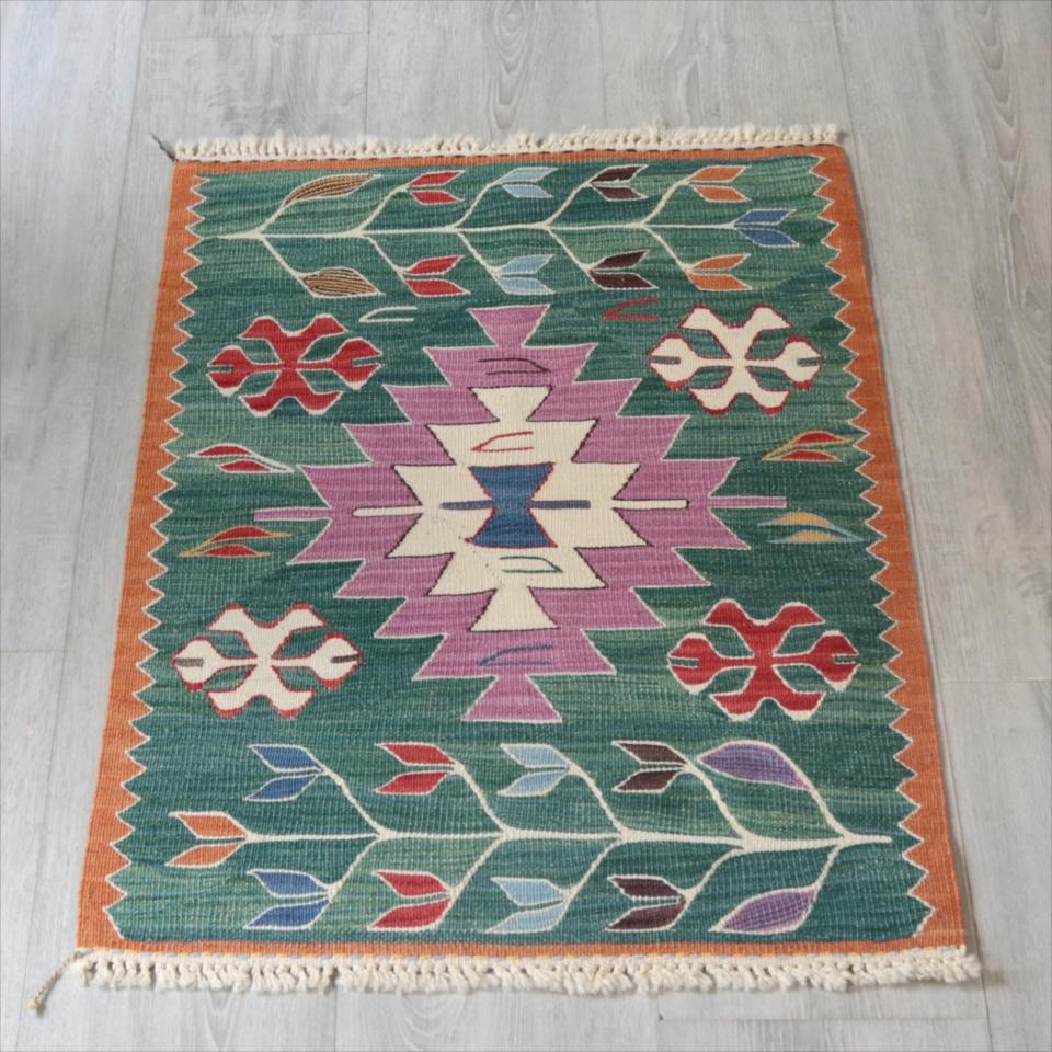 草木染・スーパーファインキリム 最高級の細かな手織りトルコキリム70×51cmパープルのジグザグイーブルアイ