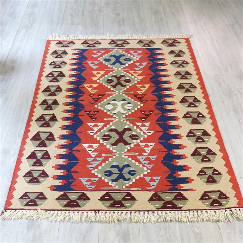 ウシャクキリム・アースカラー・細かな手織りのトルコキリム セッヂャーデ176×115cmモスグリーン・サーモンオレンジ