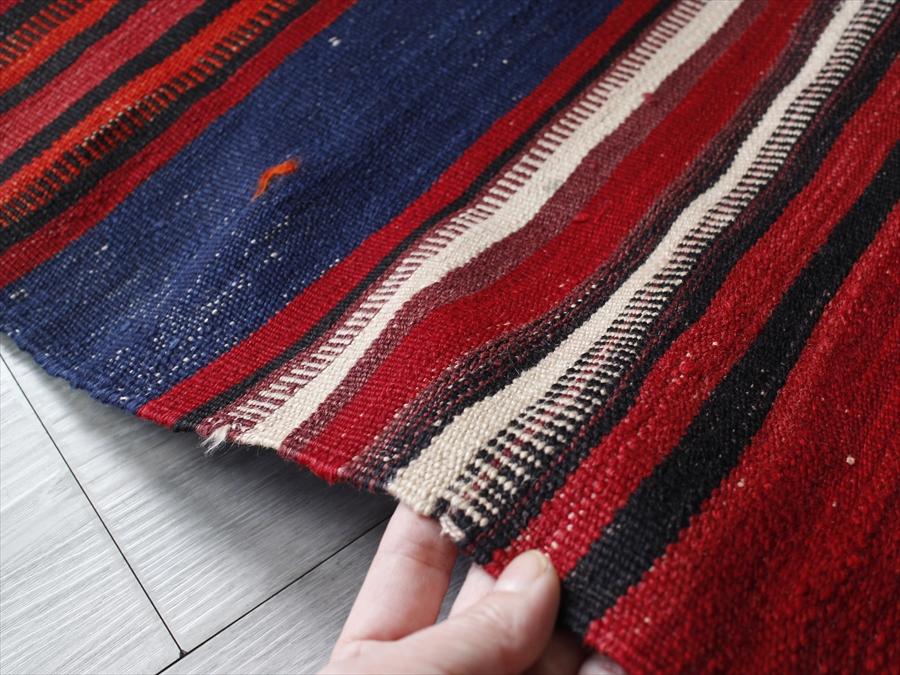 オールドキリム?バルケスィールカリヨラ221×132cm赤と紺のストライプ