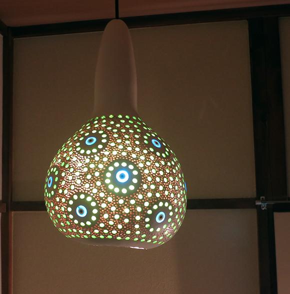 ひょうたんランプ/天井照明 エスニック照明・ホワイトペイント トルコ/ボドルム産 手作り 一点もの/E17電球25W付属 //Turkish Gourd lamp, BOHO, Oriental Lamp