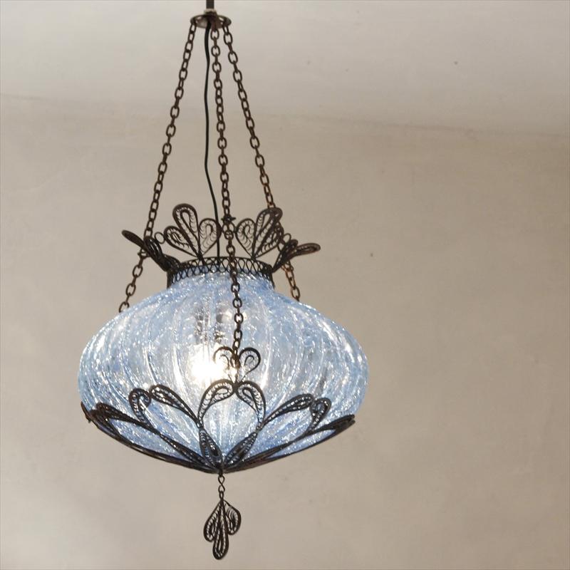 トルコランプ・ガラスシェードペンダントランプ1灯/クラックガラス&テルキャリ細工・パンプキンL ブルー・E17/25W ミニクリプトン球付属
