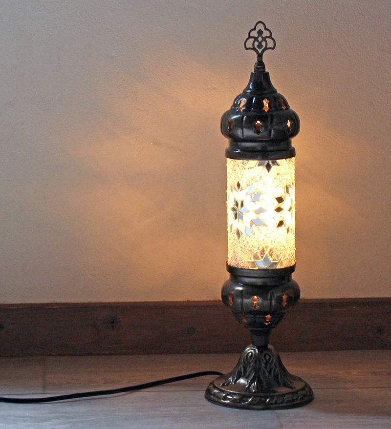 オリエンタルムードのトルコモザイクガラススタンドランプ・シリンダーホワイトフラワー 全長44cm/ E17・25W<日本仕様のコードに変更済み>店舗照明・エスニック・BOHO・輸入照明