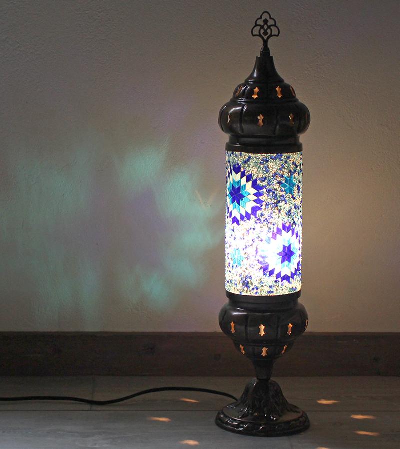 オリエンタルムードのトルコモザイクガラスフロアランプ・シリンダーブルーフラワー 全長54cm/ E17・25W<日本仕様のコードに変更済み>店舗照明・エスニック・BOHO・輸入照明