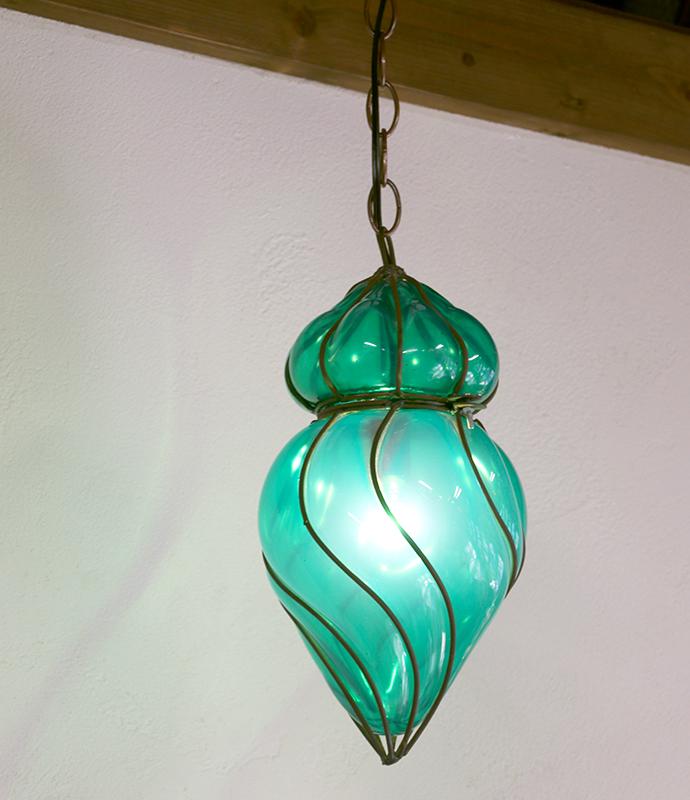 ガラスペンダントランプ・エジプト製アイアンワークツイスト・エメラルドグリーン E17/25W白熱球付