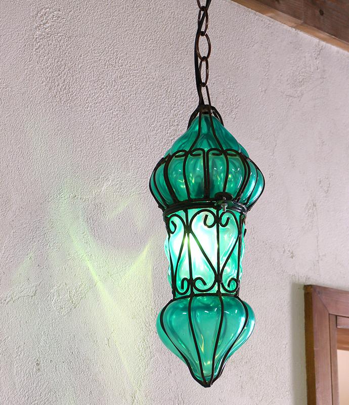 エジプシャン・ガラスとアイアンのペンダントライト・/地中海スタイルのモロッコランプ・Mサイズ グリーン E17/25W白熱球付