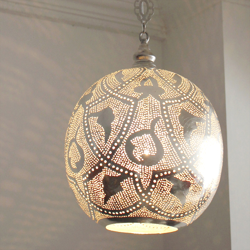 メタルシェード・モロッコランプ ペンダントライト /Moroccan Metal shade Lamps ペンダントランプ エジプト製 Φ30cm Football シルバー色 ロータス E26型 40W 白熱電球付き