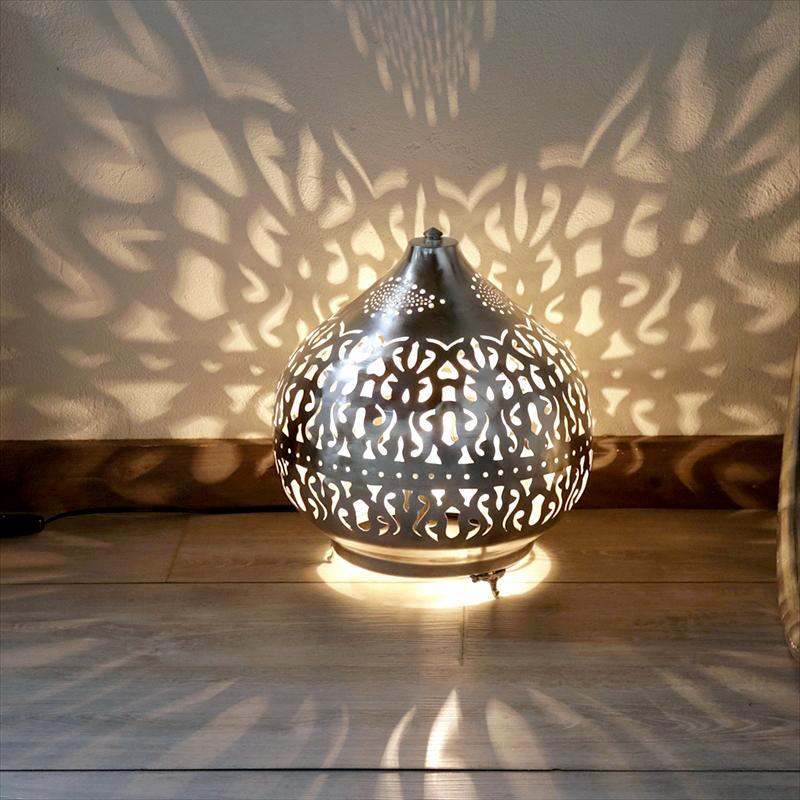 ラウンド  モロッコ メタルシェード・スタンドランプ/Moroccan Metal Metal LampsΦ30cm/Sogan モロッコ shade LampsΦ30cm/Sogan シルバー色/アラベスク, Hamee(ハミィ):0a33d4b8 --- canoncity.azurewebsites.net