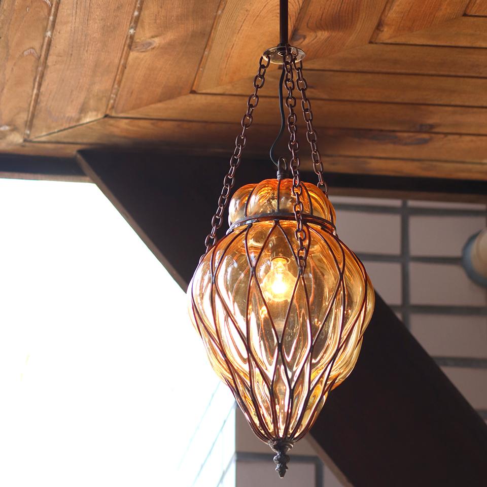 ガラスペンダントランプ・トルコアイアンワークランプ パレスランプバル/トレリス E17 25W白熱球付属