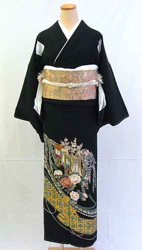 【レンタル 送料無料】 正絹黒留袖フルセット  「吉祥文様に御所車 黒留袖」 ~ご親族の結婚式に~