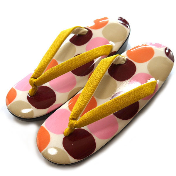 草履 ウレタン フリーサイズ 日本製 おしゃれ かわいい ポップ レディース ぞうり ウレタンゾウリ 普段 カジュアル 女性 ウレタンソール 履きやすい 水玉 ベージュ ピンク イエロー