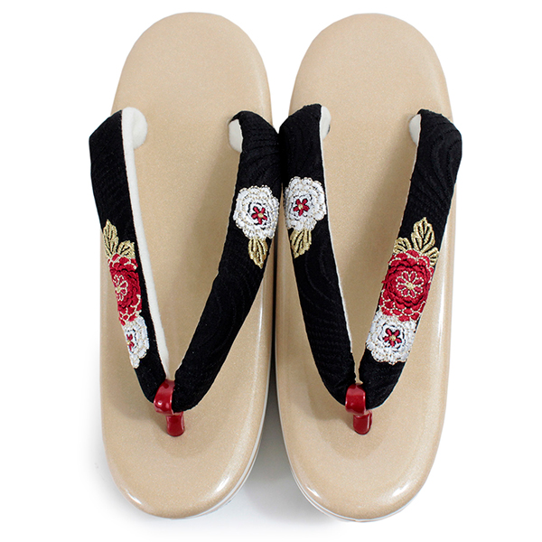 d3aa921045020 ... Sandals graduation ceremony coming-of-age ceremony gold base black  sandal thong chrysanthemum embroidery ...