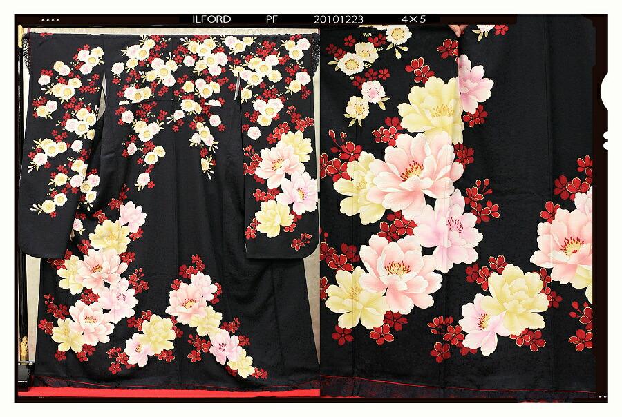 【クーポン】【レンタル】振袖 レンタル 成人式 着物 セット 黒地 裾と袖レース黄色ピンク紫大輪赤小花33