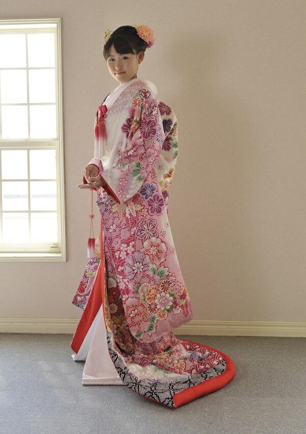 レンタル 賜物 私らしく着物を着たい 可愛くゴージャス姫打掛 結婚式 ブライダル 絞りの打掛 総絞り 前撮り写真 披露宴 古典 激安セール 打掛 色打掛