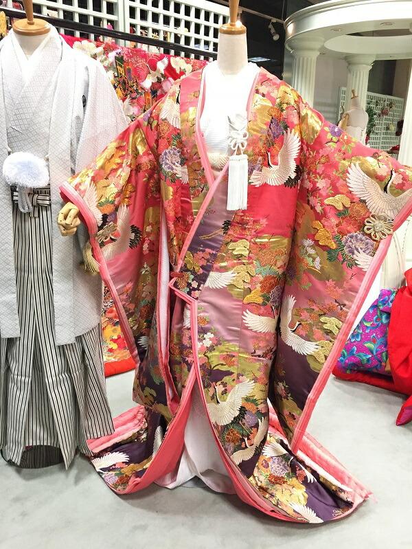 【レンタル】結婚式・ブライダル・雅重ねピンク紫ぼかし鶴に四季の花【色打掛】【結婚式】【披露宴】【前撮り写真】