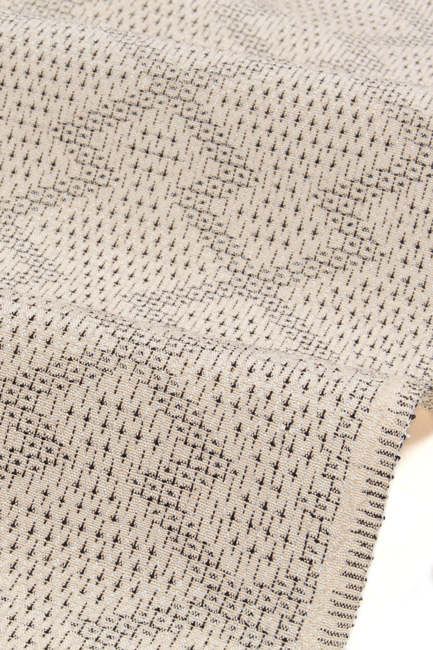 【白鷹お召】しらたかお召 伝統的工芸品置賜紬着尺 生成り/松皮菱