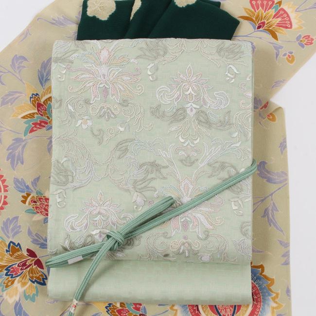 【相良刺繍】特選創作袋帯 「洋花文」 華やかな手刺繍 超軽量刺繍帯 薄萌黄(グリーン)地
