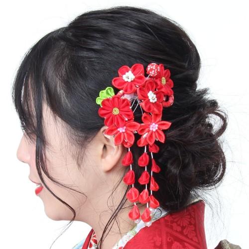 日本製 成人式 卒業式 買い取り 髪飾り 2P 送料無料 2点セット 花 正規品 コサージュ 金色 ヘアアクセサリー サクラ 桜 Uピン式 コーム式 振袖向け レッド