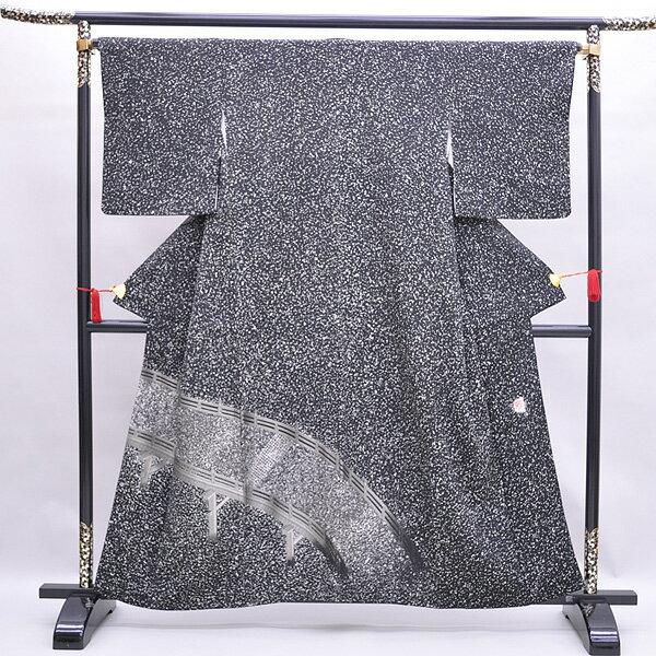 【中古】 リサイクル着物 正絹着物リサイクル着物 お稽古・お出かけ着に小紋【黒】uki0024【きもの】身丈150cm