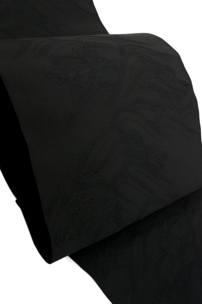 弔事におすすめ ◎しめやかなる席に。気品ある後姿西陣紋つづれ全通八寸帯 黒共波かさね 43ARj54L