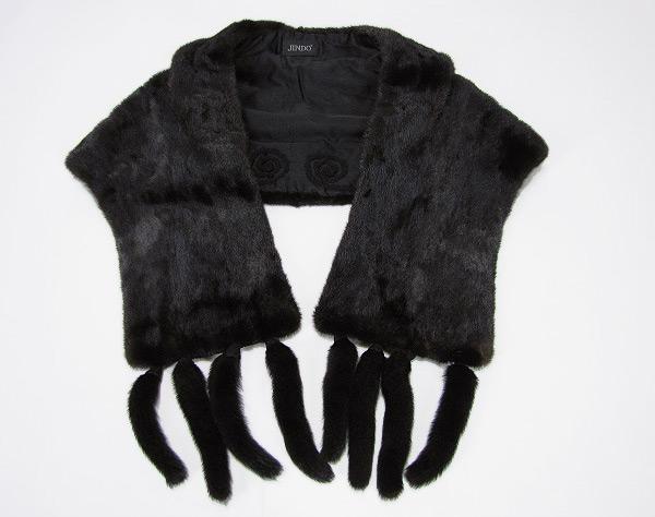 ■【中古】 美品ブラックミンク衿付きケープストールショール JINDO
