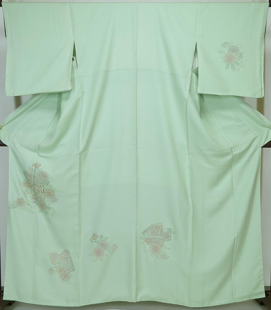 誂え流れ 未使用品 汕頭刺繍 付け下げ 淡い薄緑