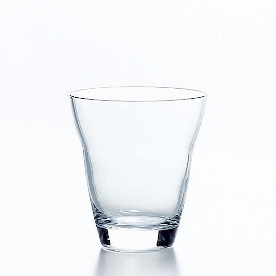 なごみの空間にマッチ ちょっとお洒落なシンプルタンブラー 東洋佐々木ガラス タンブラー ソフトドリンク グラス ガラス 硝子 220ml 日本製 国産 業務用 来客用 強化グラス シンプル 内祝い アイスコーヒー おすすめ 返品送料無料 高級 贈り物 誕生日 おしゃれ プレゼント オシャレ ギフト 結婚祝い