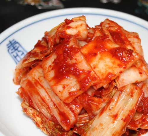 即納 弊社工場スタッフが作りだしたキムチ スタッフの一押し 工場スタッフ絶賛 1Kg まかないキムチ 新作アイテム毎日更新 冷凍便× 韓国食材 韓国食品 キムチ お取り寄せ