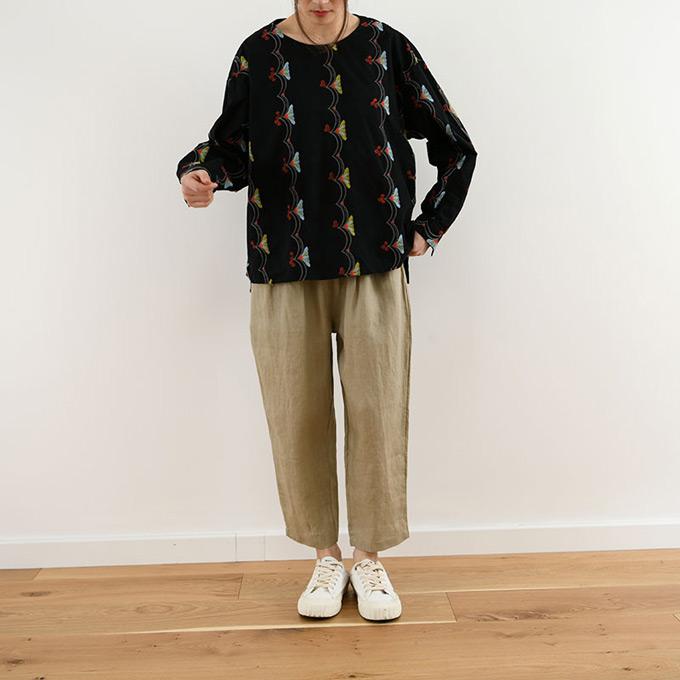 「mori lady」オリエンタル刺繍が大人レトロなプルオーバーブラウス【ブラック】