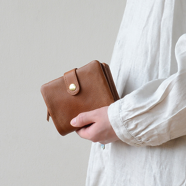 CINQ(サンク) 2つ折り財布 キャメル