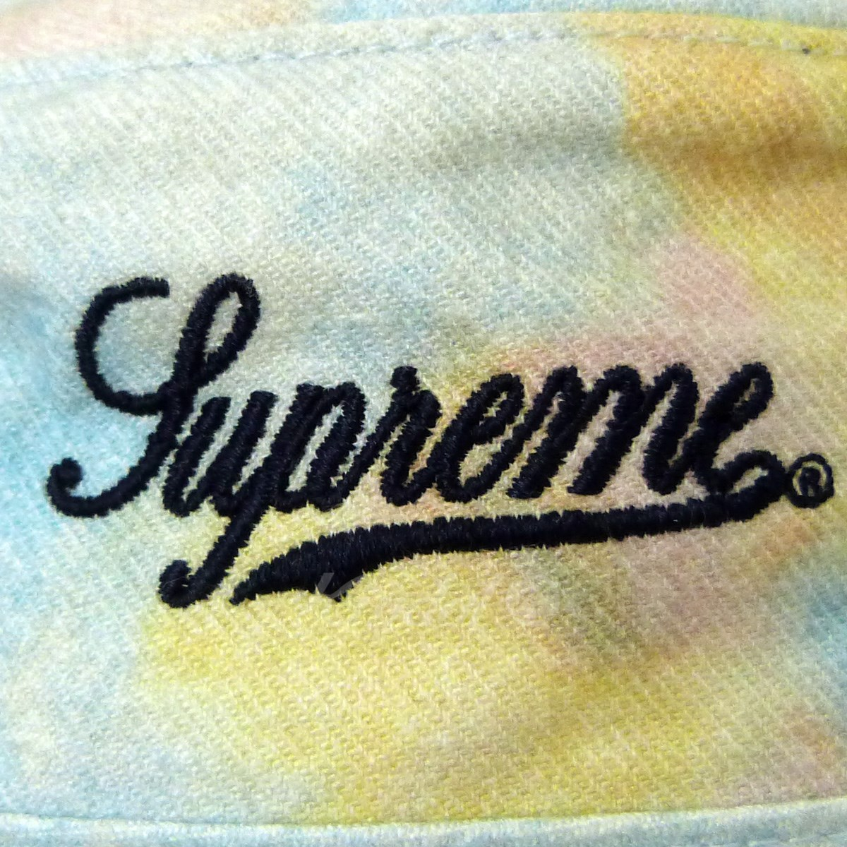 be0d59be799 SUPREME 18SS