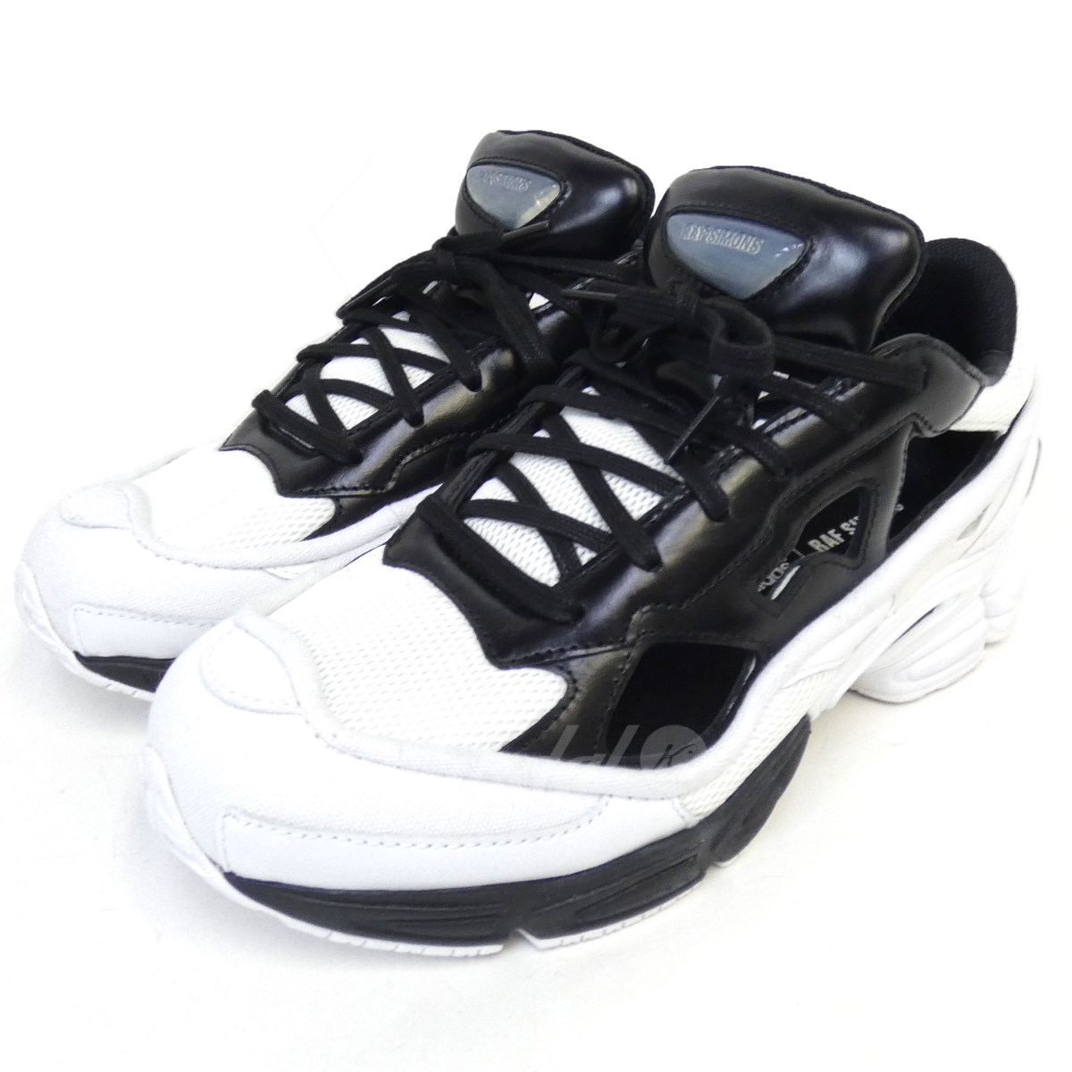 sports shoes 3ee21 2e48d adidas by RAF SIMONS 18SS