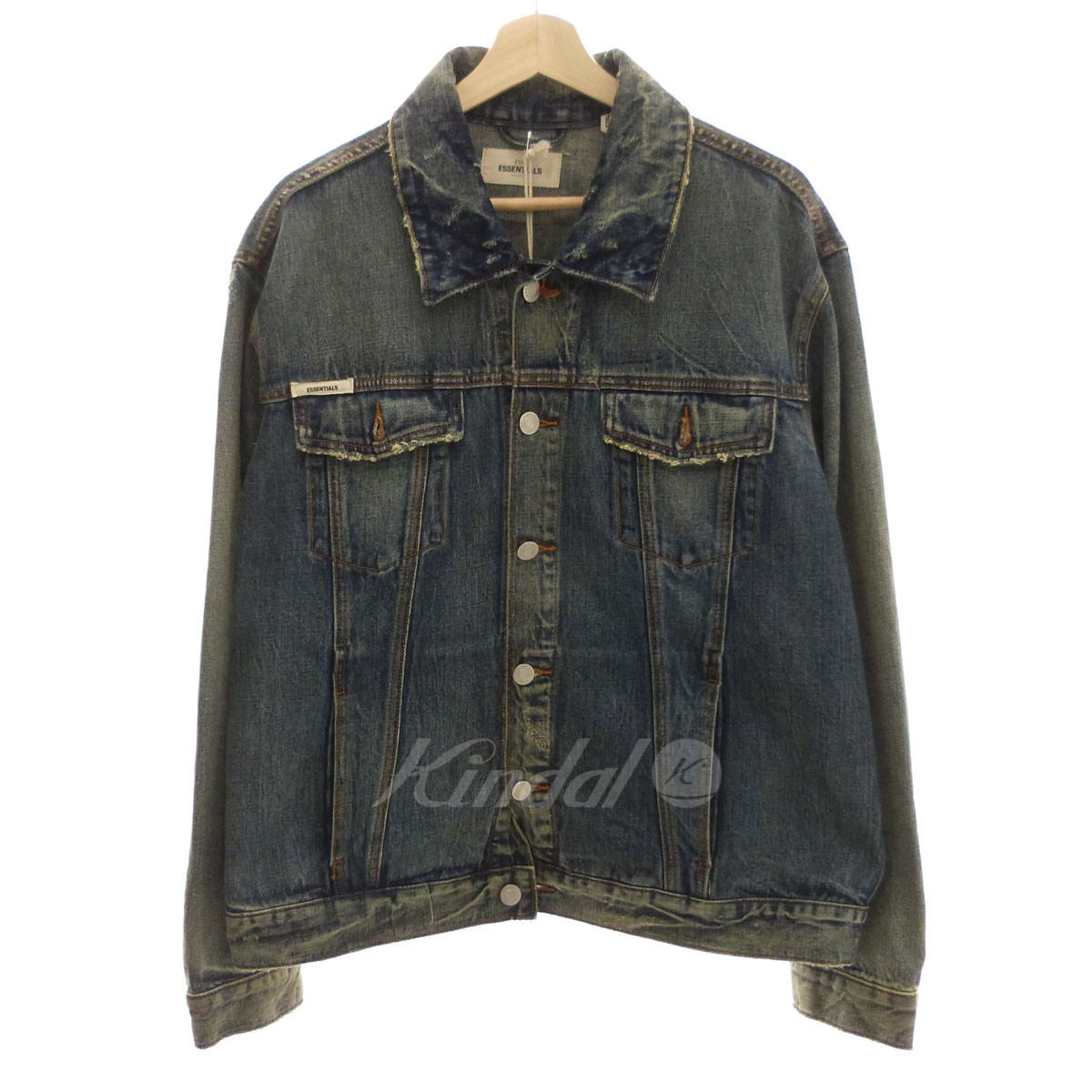 【中古】FOG by FEAR OF GOD ESSENTIALS 「ESSENTIALS Denim Trucker Jacket」デニムジャケット 【送料無料】 【146289】 【KIND1550】