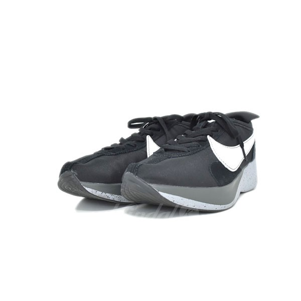 new style 2f453 e4748 NIKE Moon Racer AQ4121-001 low-frequency cut sneakers black size: 29cm ...