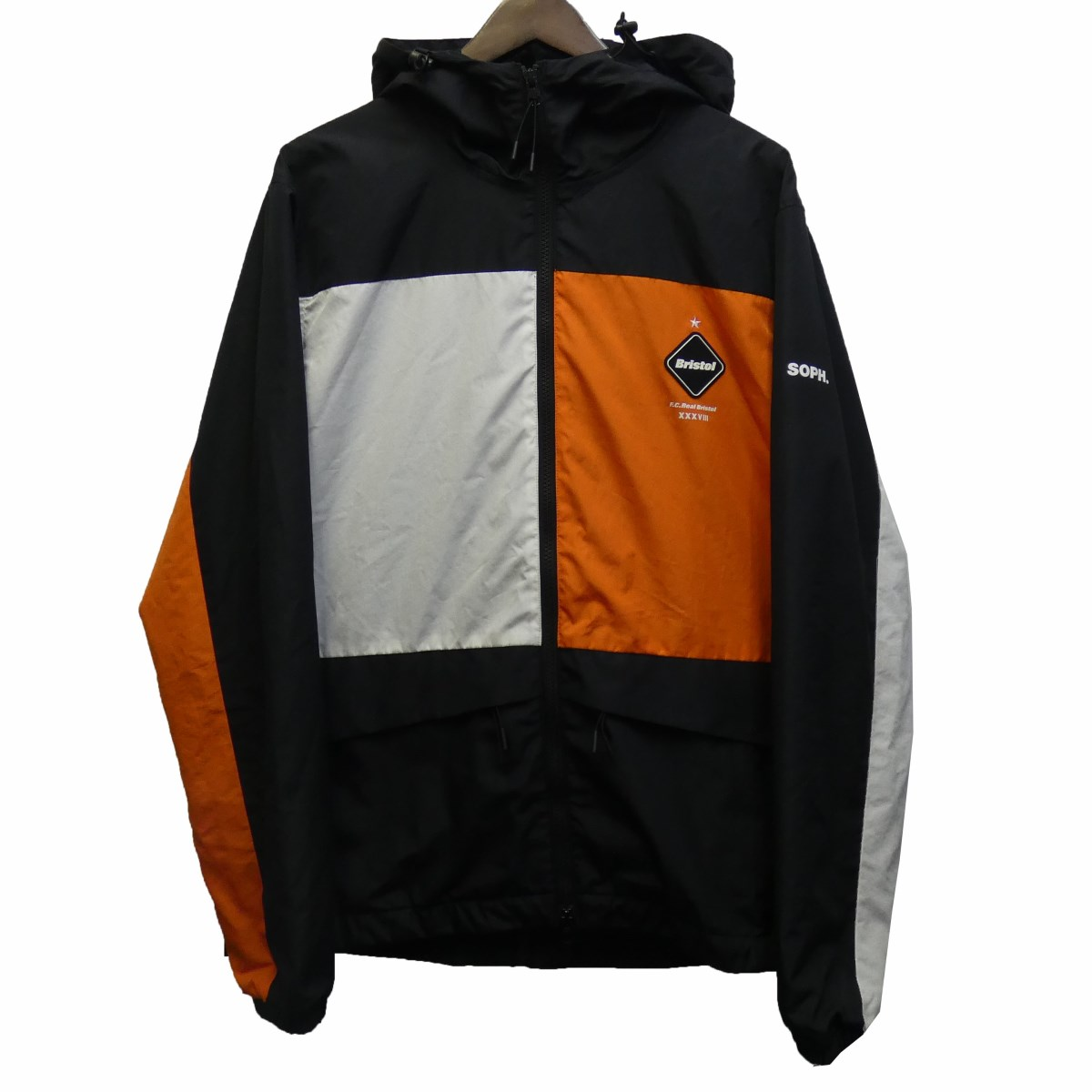 【中古】F.C.R.B.17AW「COLOR BLOCK SEPARATE PRACTICE JACKET」ジャケット ブラック×ホワイト×オレンジ サイズ:L 【3月30日見直し】