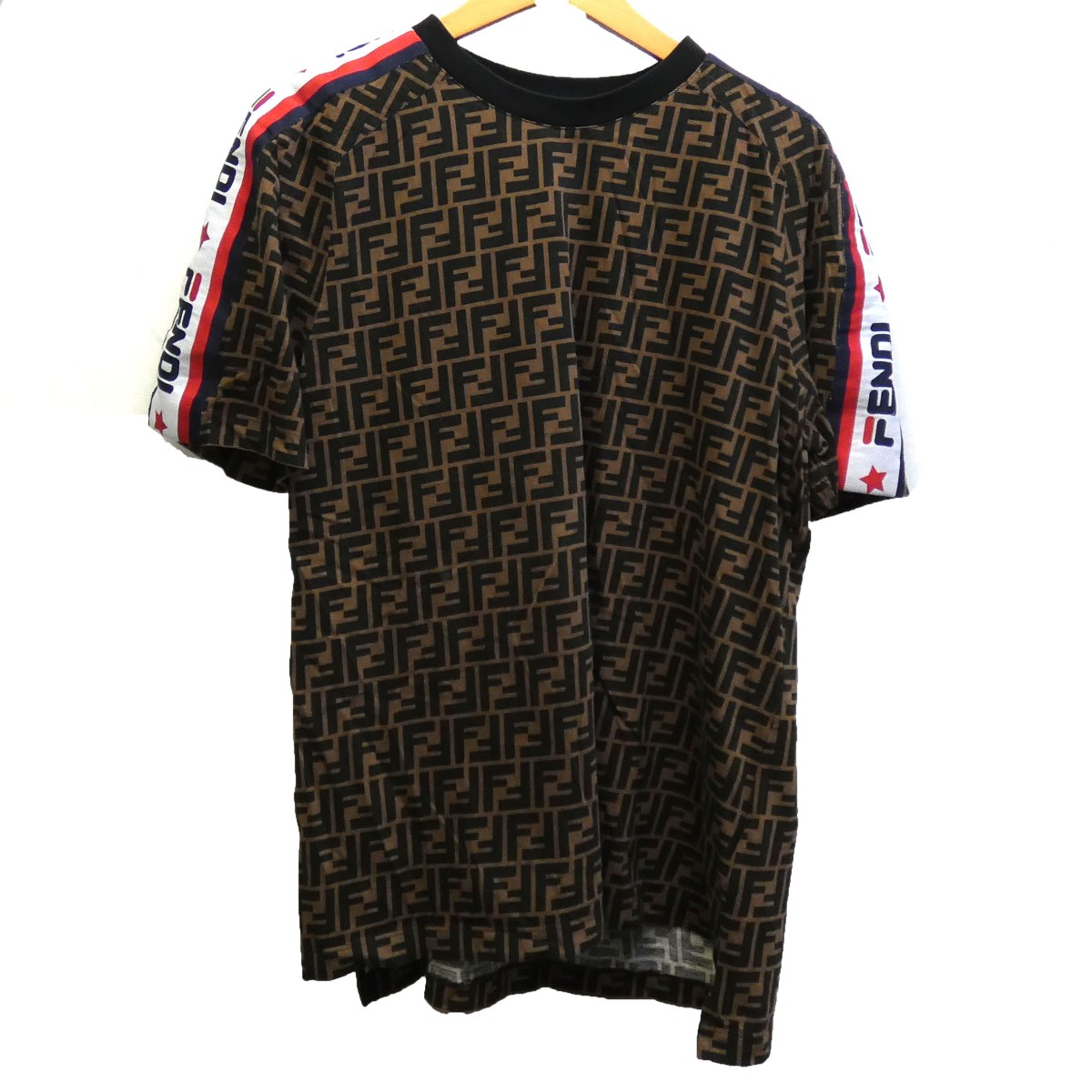 【中古】FENDI × FILA18AW ロゴラインズッカTシャツ ブラウン サイズ:M