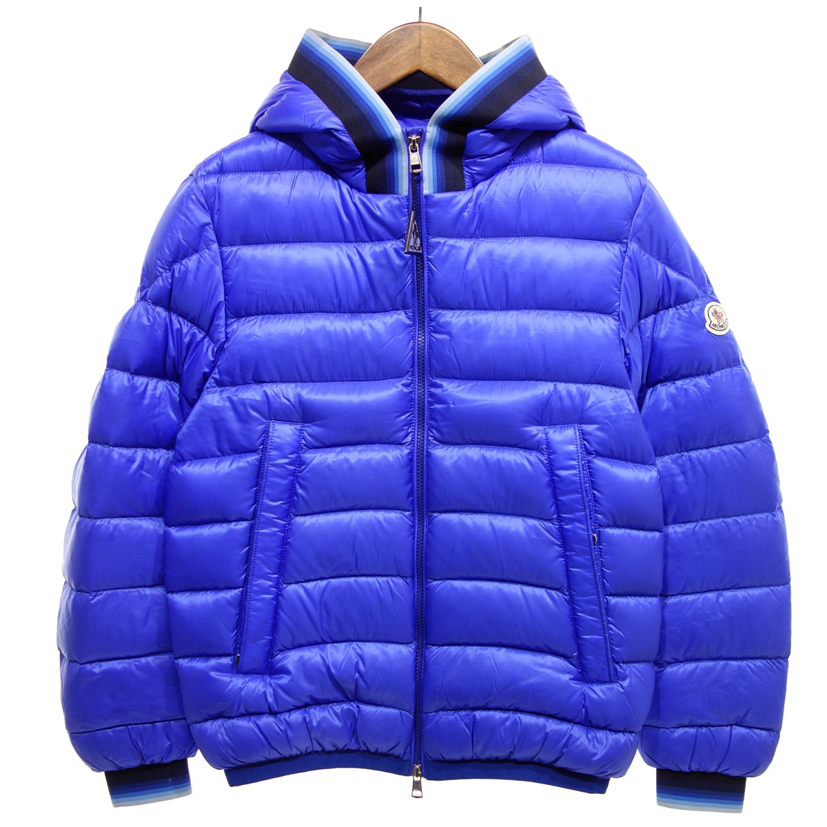 【中古】MONCLER AVRIEUX ダウンジャケット ブルー サイズ:1 【041219】(モンクレール)
