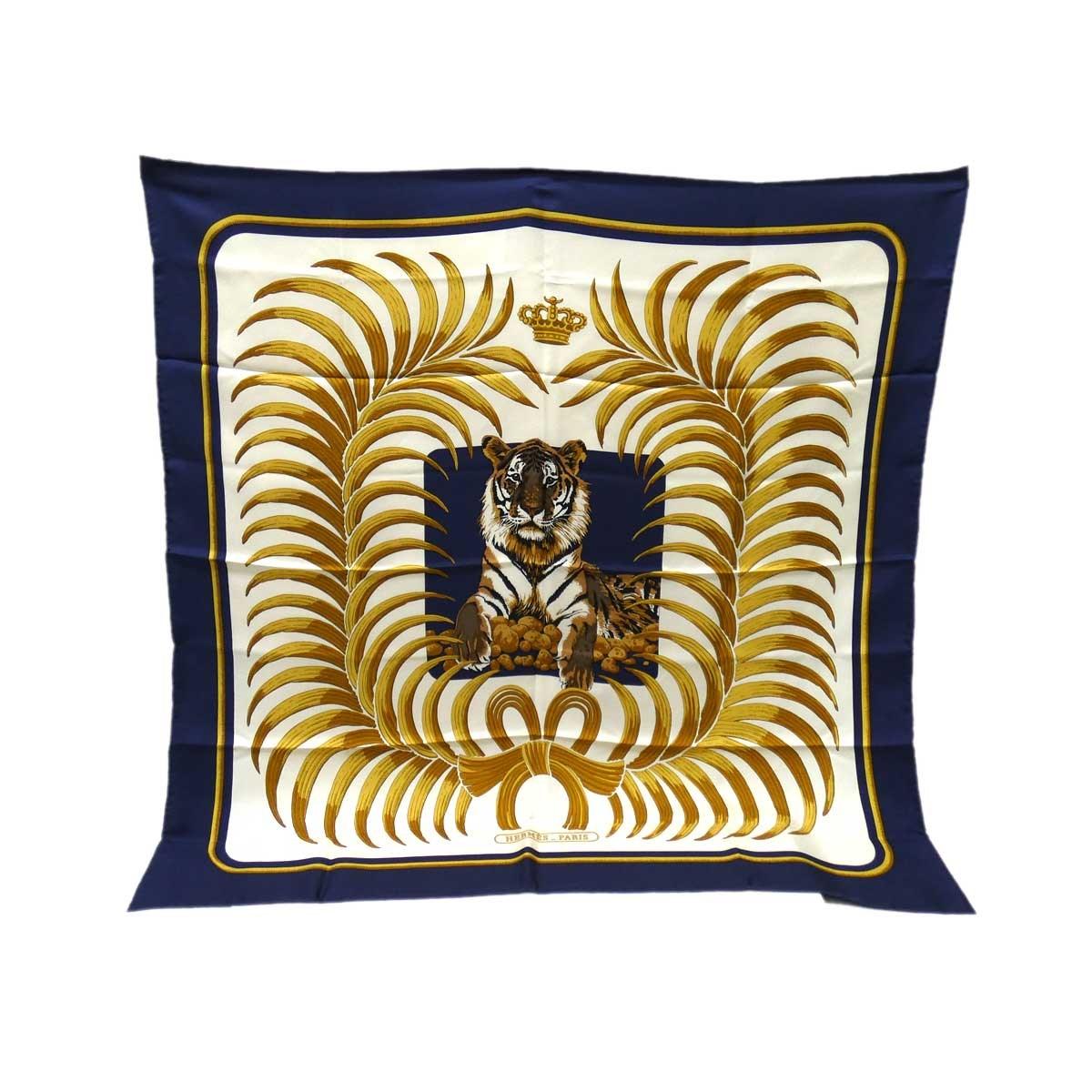 【中古】HERMES カレ90 シルクスカーフ TIGRE ROYAL(王者の虎) ホワイト×ネイビー 【201219】(エルメス)