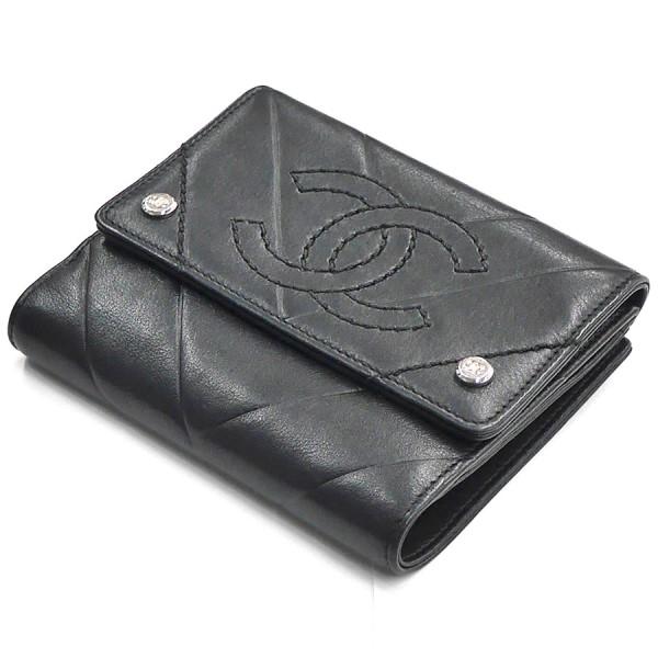 【中古】CHANEL ココマーク Vステッチ コンパクト ウォレット 二つ折り 財布 シリアル有 ブラック 【250320】(シャネル)