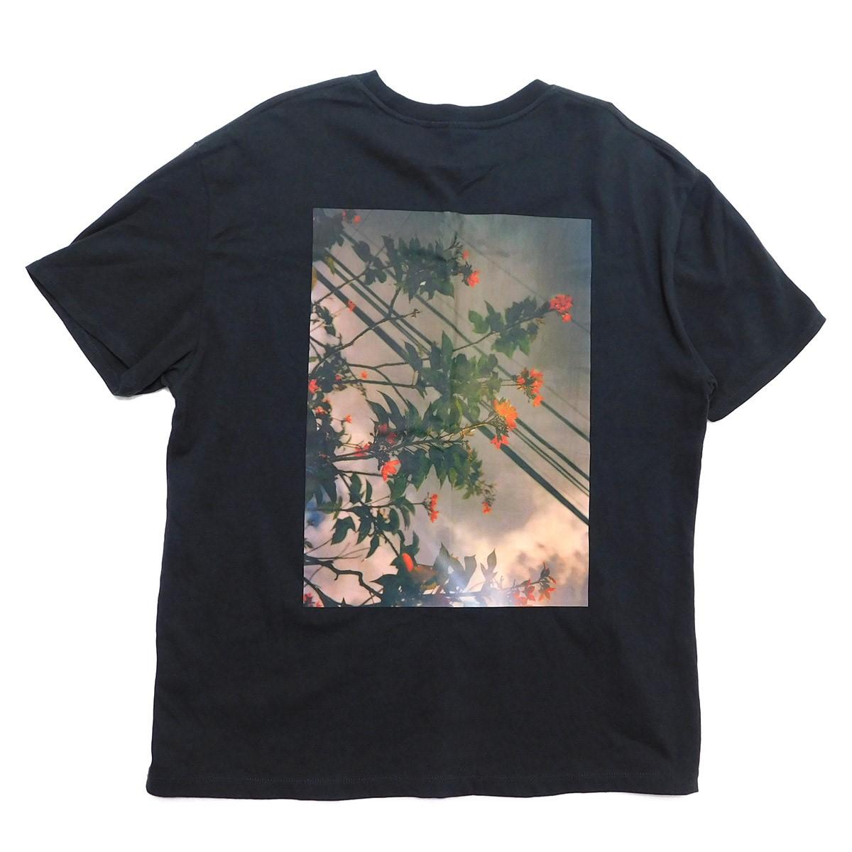【中古】FOG ESSENTIALS Shaniqwa Jarvis Photo Boxy Graphic T-SHIRT Tシャツ ブラック サイズ:S 【090420】(フィアーオブゴッド エッセンシャルズ)