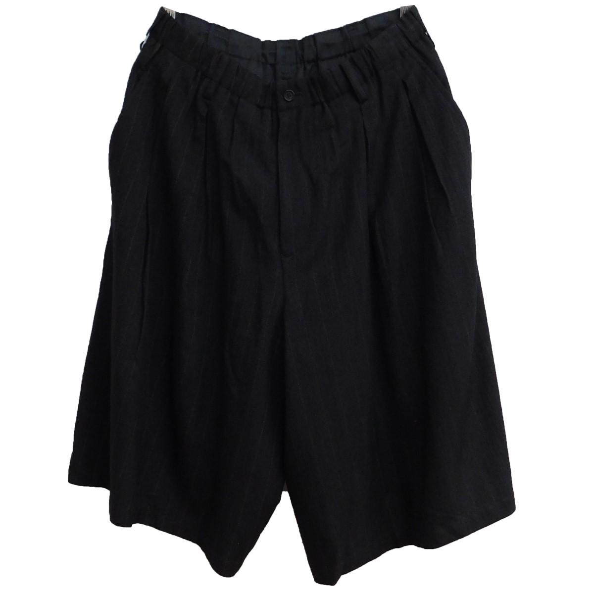 【中古】BLACK Scandal YOHJI YAMAMOTO 2020SS tuck Half Pants ストライプ柄ハーフパンツ ブラック サイズ:2 【140920】(ブラックスキャンダル ヨウジヤマモト)