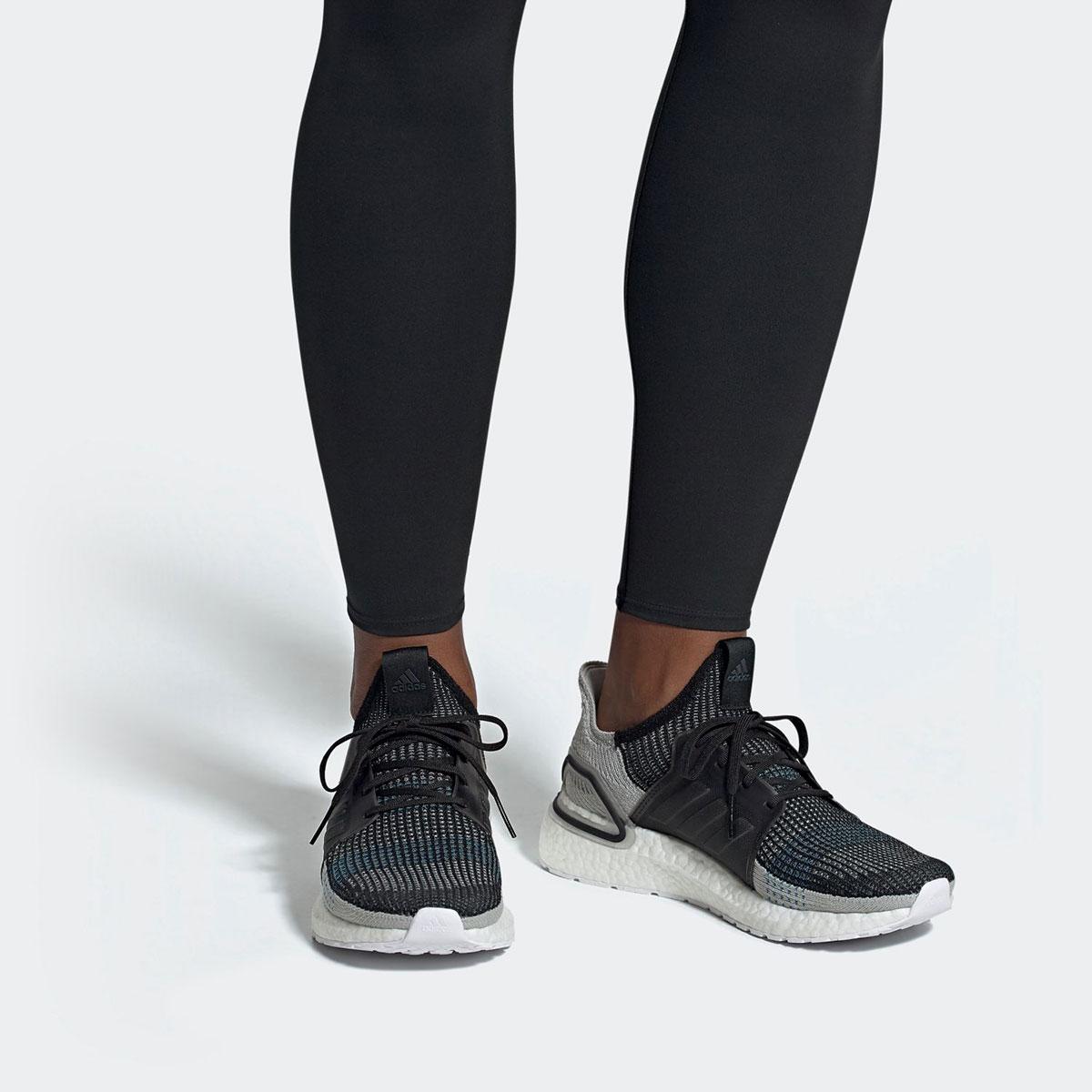reputable site 3d10a 74c2b adidas UltraBOOST 19 (CORE BLACK GREY SIX SHOCK CYAN) (Adidas ultra boost 19 )