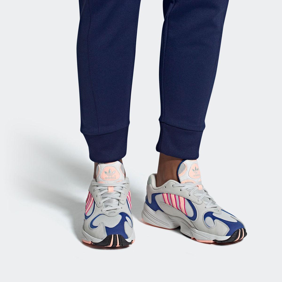 adidas Originals YUNG 1 (CRYSTAL WHITECLEAR ORANGECOLLEGIATE ROYAL) (Adidas originals young people 1)