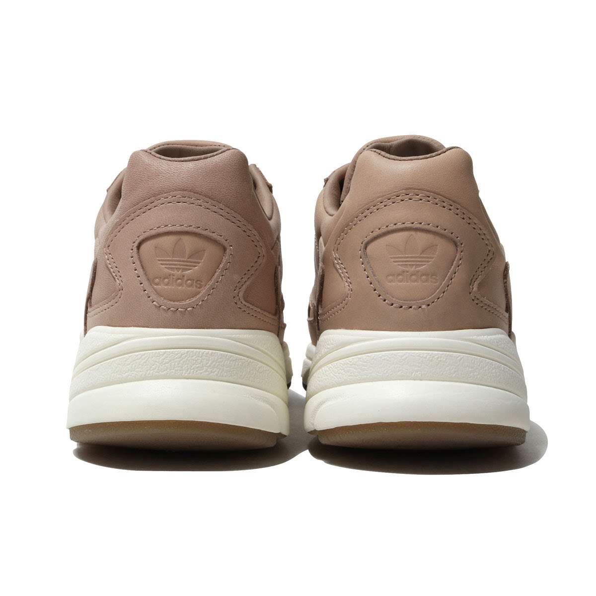 3a28bb7624622b adidas Originals ADIDASFALCON W (ASH PEARL ASH PEARL OFF WHITE) (Adidas  originals falcon W)